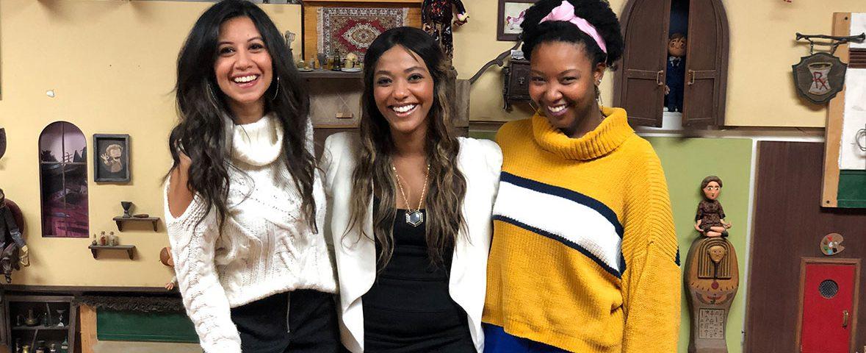 kinda dating three girls smiling